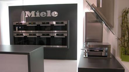 agencement cuisine 1. Black Bedroom Furniture Sets. Home Design Ideas