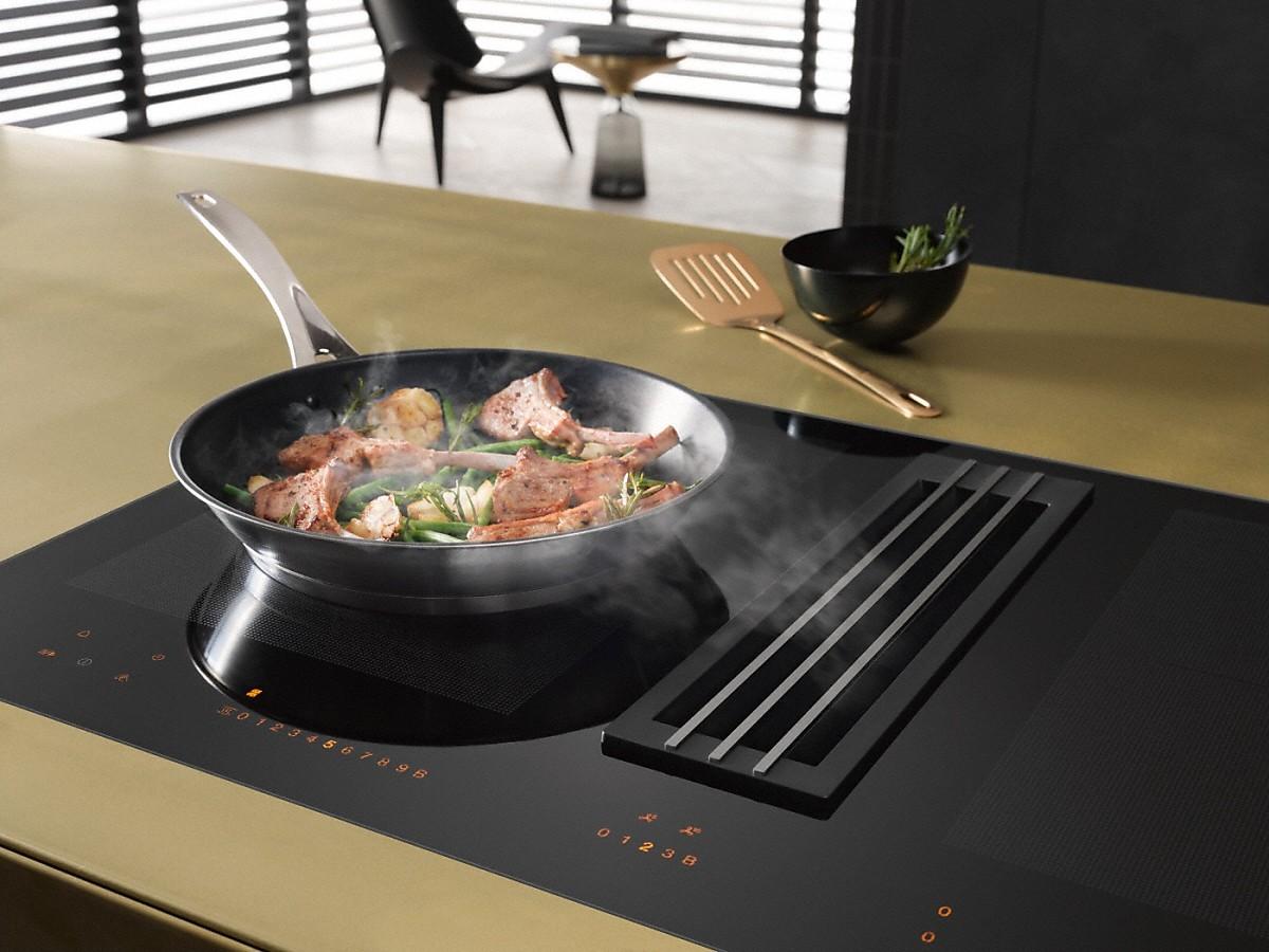 Miele kmda 7774 fl plaque de cuisson induction avec - Plaque induction hotte integree ...