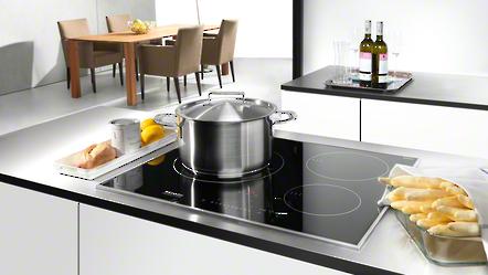 miele nos tables de cuisson induction conomes miele. Black Bedroom Furniture Sets. Home Design Ideas
