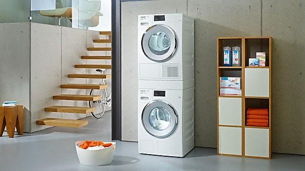 Miele tous les lave linge s che linge et repasseuses miele - Superposer lave linge et seche linge ...