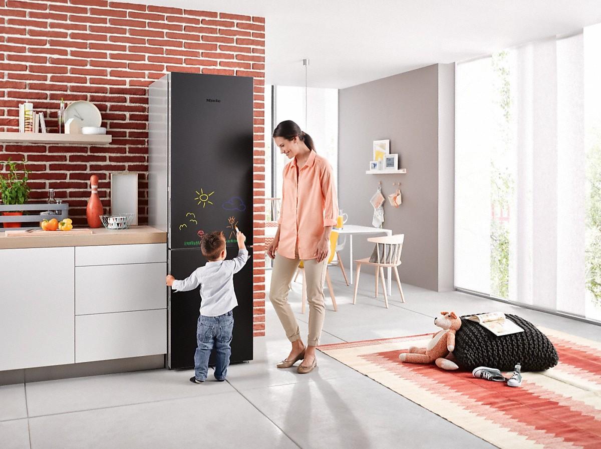 miele kfn 29283 d bb combin r frig rateur cong lateur xl. Black Bedroom Furniture Sets. Home Design Ideas